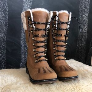 New Sorel Whistler tall boot in camel brown
